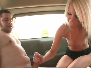 Spoiled golden-haired student gives cook jerking to sturdy giant knob in the car