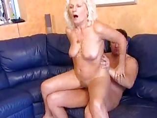 Old slut Mamie